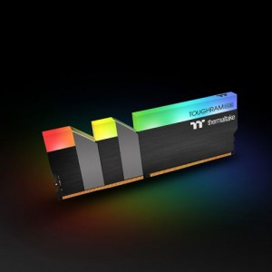 RAM THERMALTEK TOUGHRAM RGB Memory DDR4 4000MHz 8GB