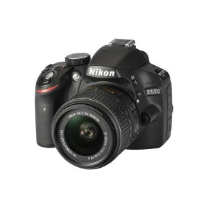 NIKON D3200 NOIR + OBJ. NIKON AF-S DX VR 18 - 55 MM F/3.5 - 5.6 SÉRIE G