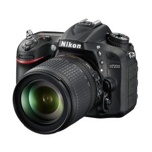 Nikon D7200 + Objectif VR 18-105 mm