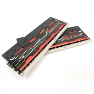 MEMOIRE DESKTOP AVEXIR BLITZ RED DDR4 16GB KIT (8GBX2) PC3000